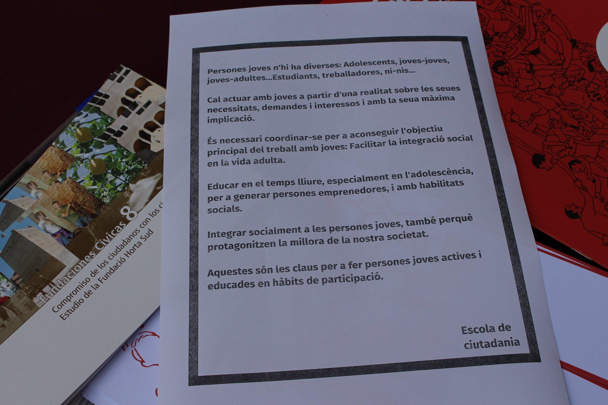 LA JORNADA «ELS I LES JOVES NO PASSEM» REUNEIX A MÉS DE 100 PERSONES A MANISES